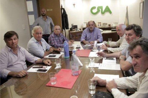 La Mesa de Enlace esperará el resultado de una reunión con Basterra antes de lanzar un paro