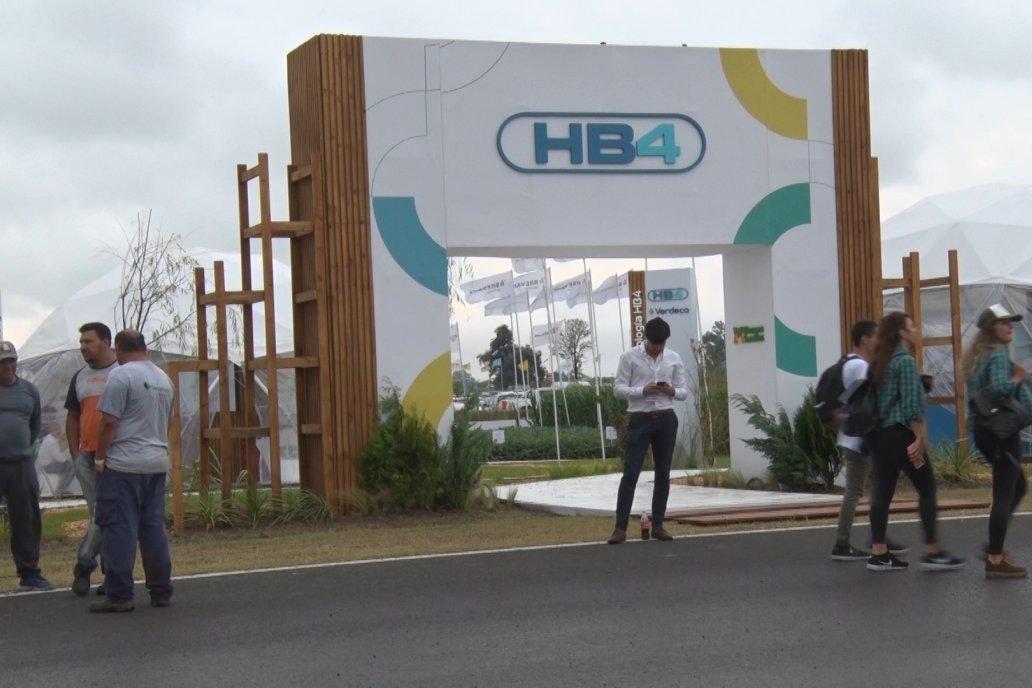 Bioceres Semillas y Rizobacter presentaron el programa Generación HB4