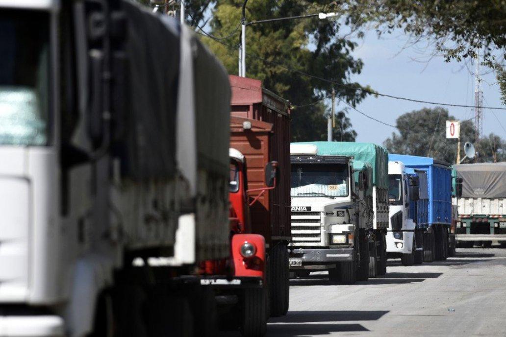 Superponer las protestas de camioneros autoconvocados es duda en las entidades.