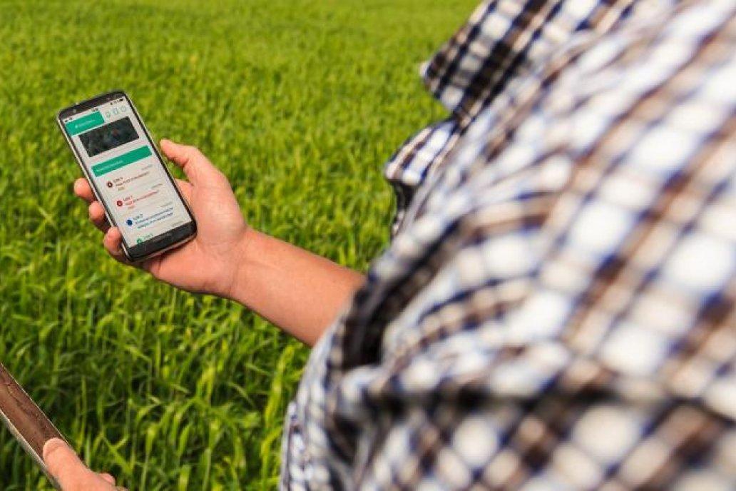 La intención de Levisman es poner a los productores en contacto desde un celular