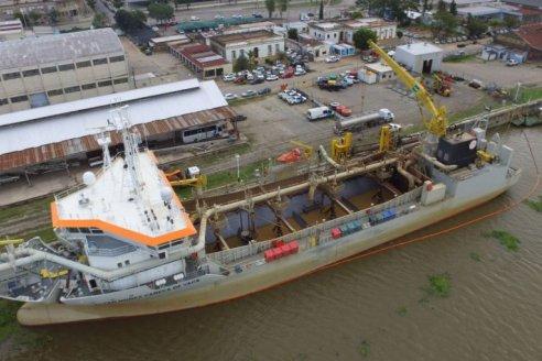 Dragan canal de acceso al Puerto de Santa Fe para enfrentar bajante del Paraná