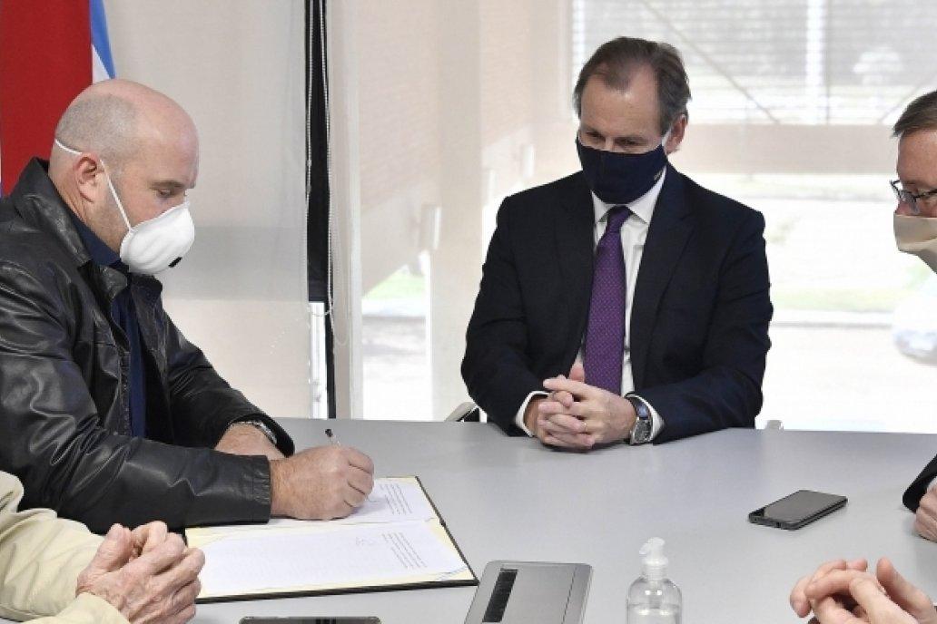 Entre Ríos acordó con entidades citrícolas intensificar el monitoreo por HLB