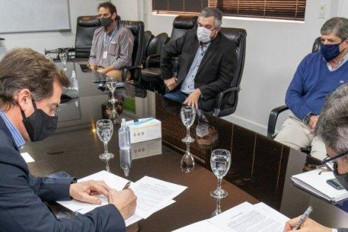 Enersa firmó un acuerdo para desarrollar un proyecto de telecomunicaciones en todo Entre Ríos