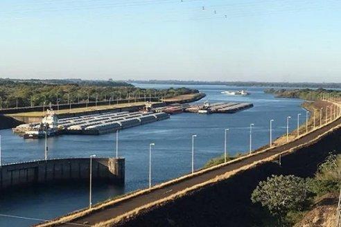 La represa Itaipú autorizó liberar más agua para elevar el nivel del Paraná