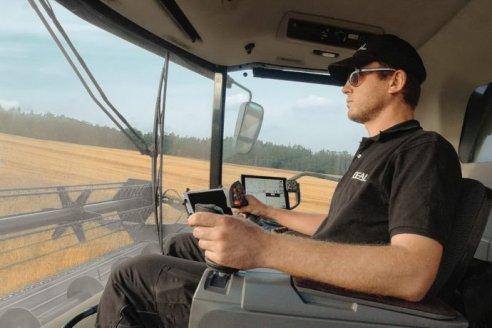 AGCO pone en marcha la era de las cosechadoras sin volante