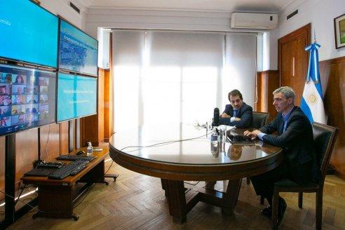 """El gobierno creará la """"Sociedad del Estado de la Hidrovía"""" para gestionar en 2021 el mantenimiento de la vía navegable del Paraná"""