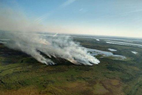 Para combatir el fuego en el Delta del Paraná, presentaron los primeros faros de conservación