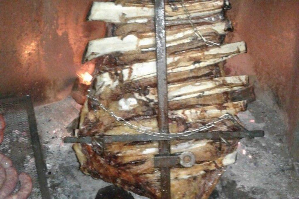 El corte vale 700 pesos en cualquier carnicería, la oferta oficial se ve poco.