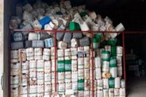 La FCA de la UNER y una empresa privada trabajarán para asegurar la descontaminación total de los bidones de glifosato