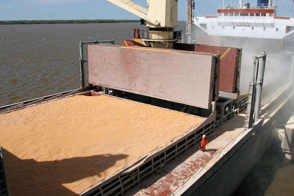 Puertos de Entre Ríos son un enlace para fletar granos con destino a China.