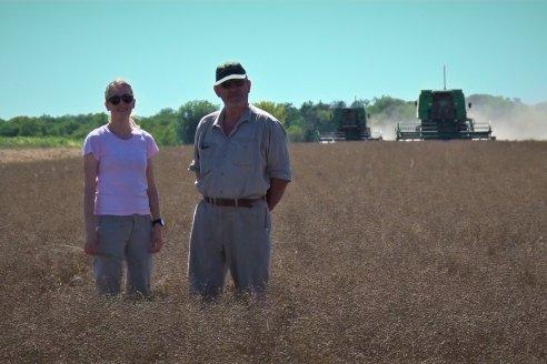 Silvana Brondi y su papá, se lucen con un muy buen lote de lino