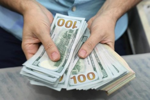 ¿Conviene convertir dólares en máquinas agrícolas?