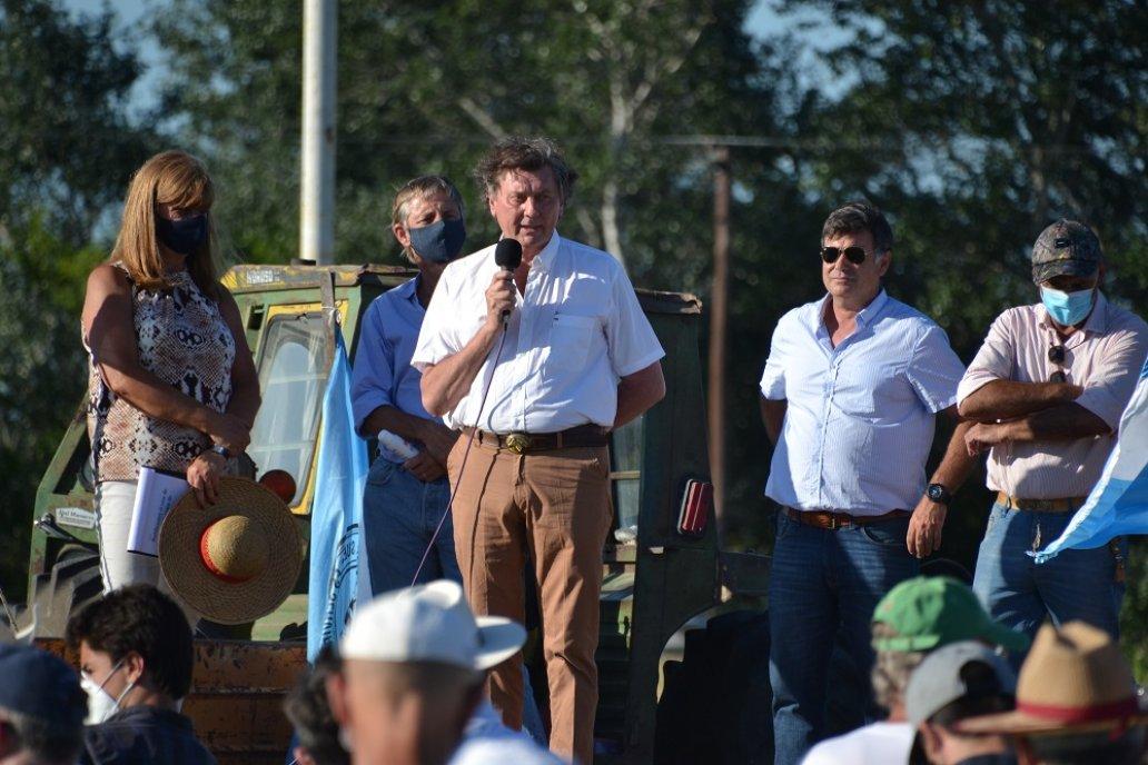 En el acto realizado en Crespo se dijo que hay espalda para seguir la protesta.