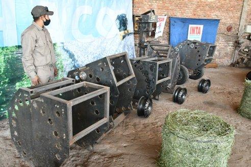El INTA presentó una novedosa rotoenfardadora para que la usen los pequeños productores