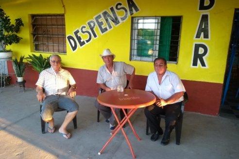 Bar El Equilibrio, punto de encuentro en Colonia Argentina