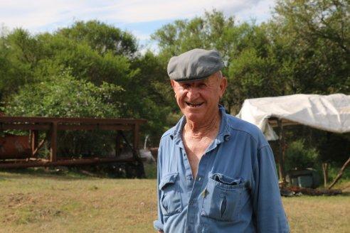 """A sus 85 años, José """"Blanco"""" Egel sigue metiéndole a las arroceras"""