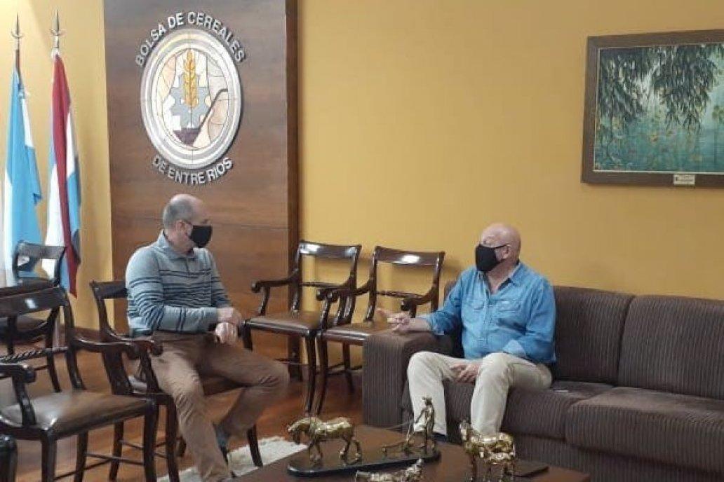 Martínez y Ruberto, el periodista de Campo en Acción, anunciaron la charla.