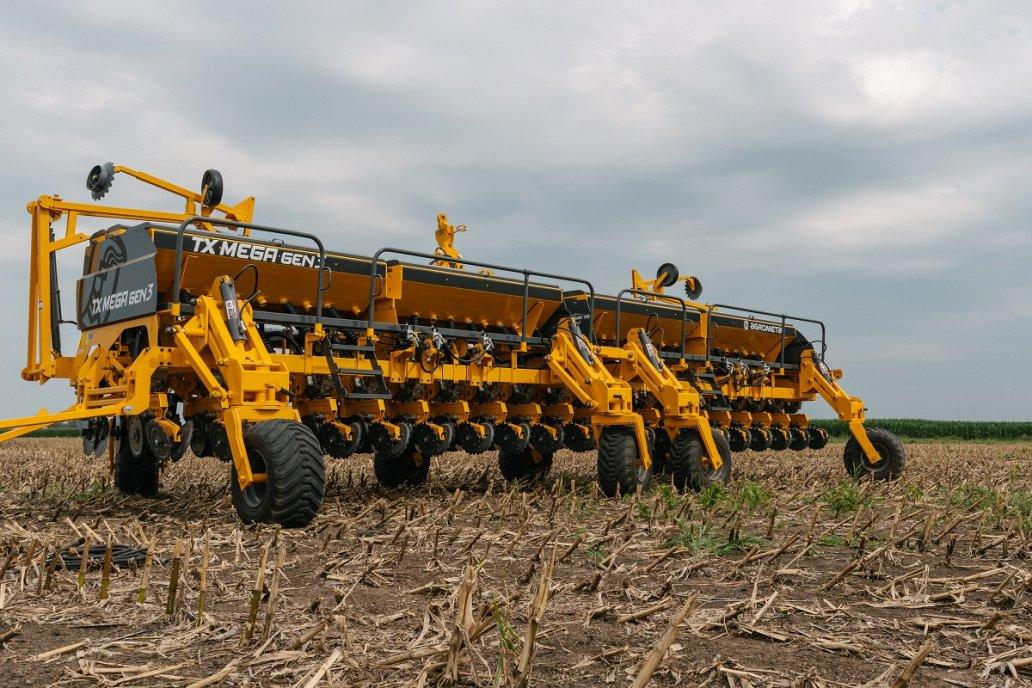 A los ingresos por ventas anticipadas de sembradoras se los comió la devaluación