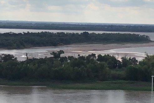 El Paraná sigue en alarmante baja y este sábado llegó a 0,22 metros en la capital